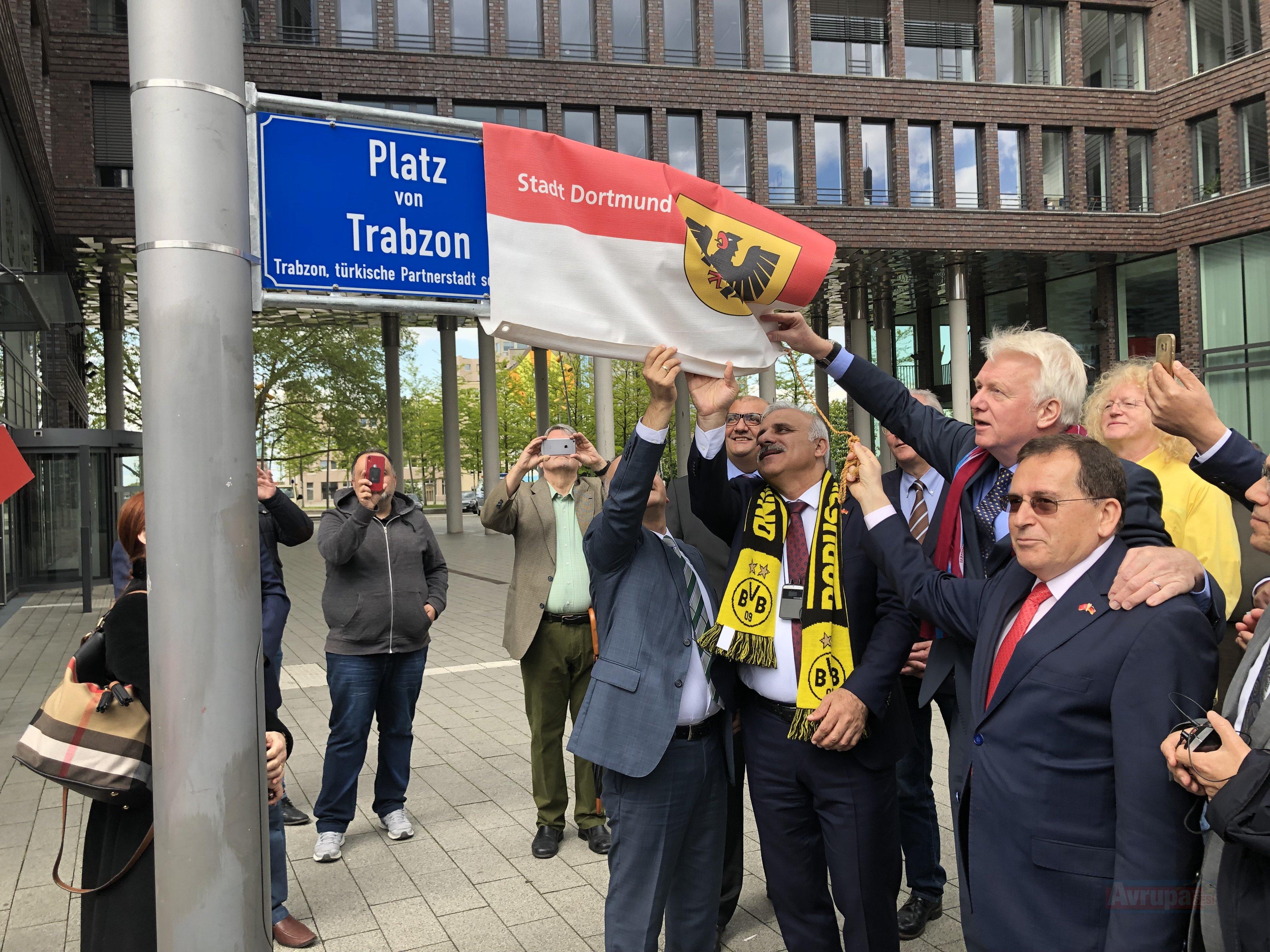 Dortmund'da 'Trabzon Meydanı' açıldı