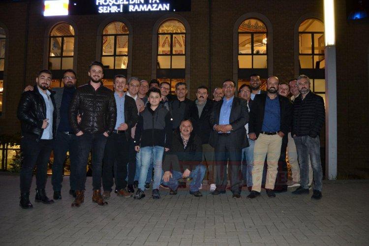 Almanya'da, Karabük - Yenice Şirinköy'lüler, iftar programında bir araya geldiler.