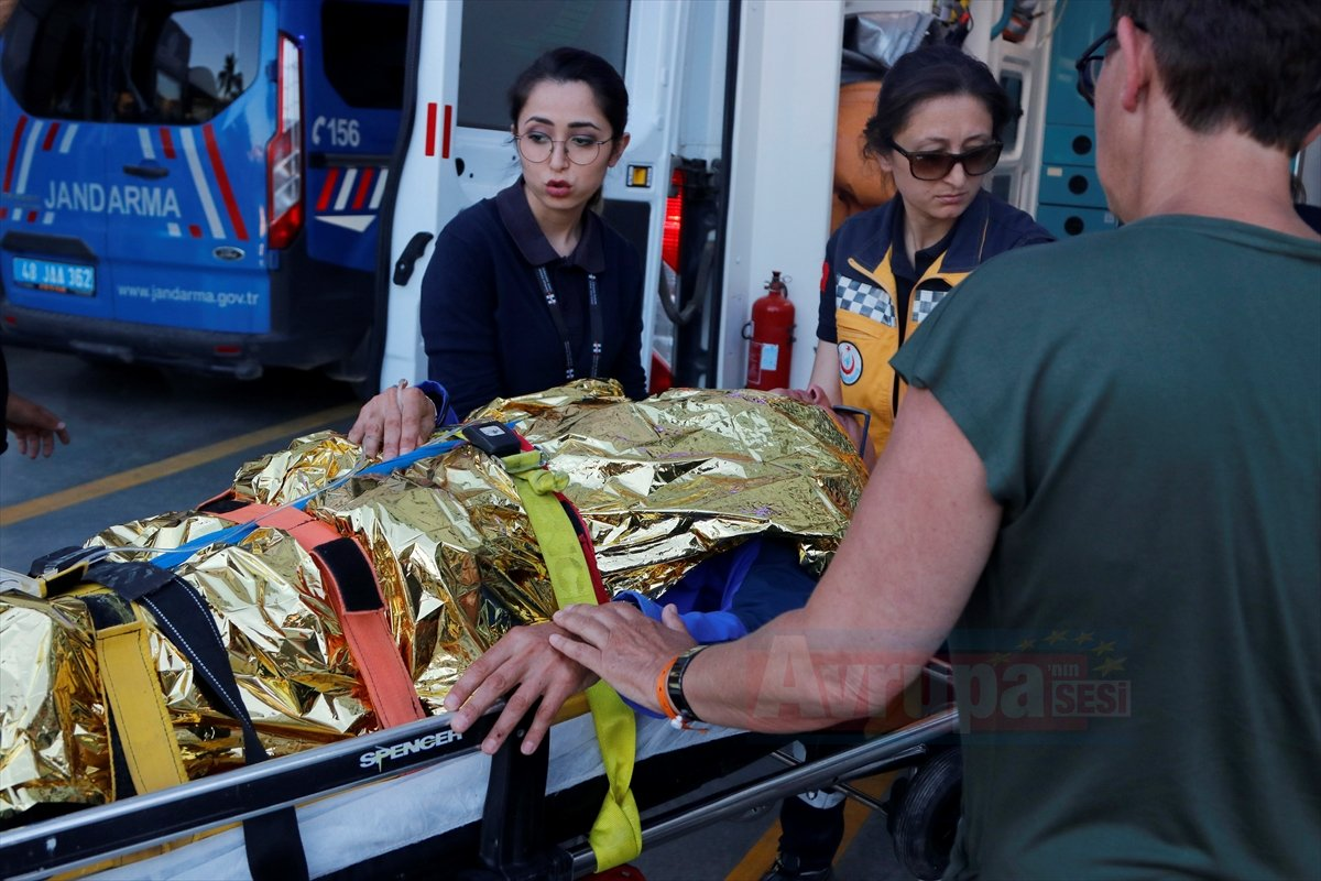 Hollandalı yamaç paraşütçüsü yaralandı