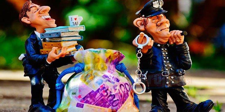 Polisiz diyerek yaşlı kadını 1 milyon euro dolandırdılar