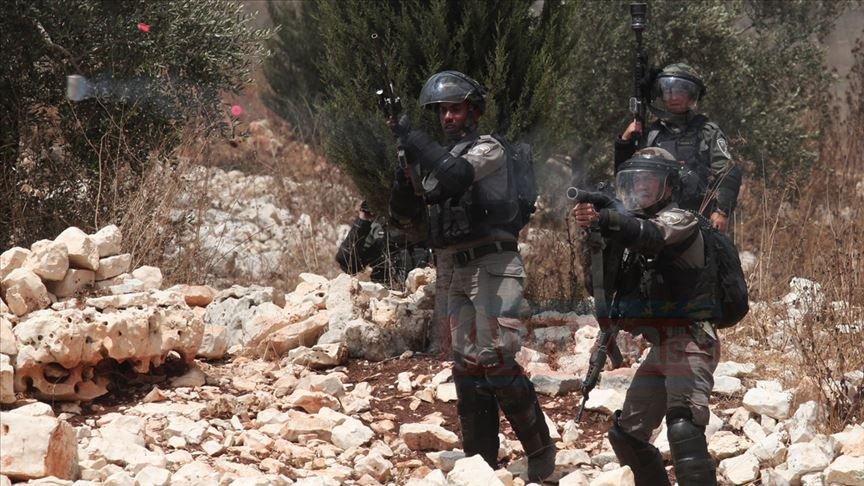 İsrail askerleri Gazze sınırında 97 Filistinliyi yaraladı