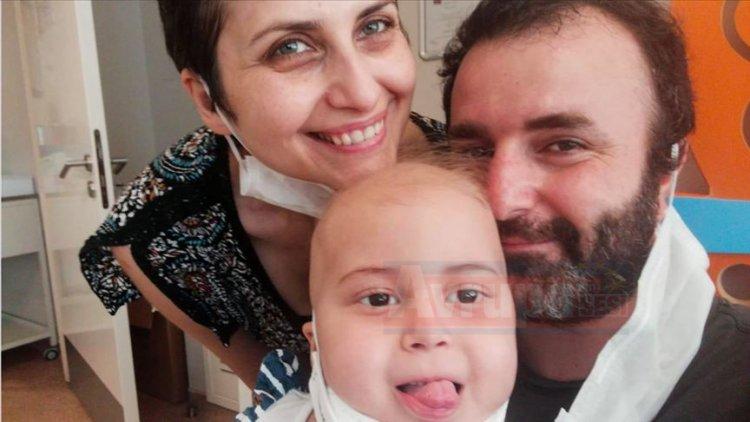 4 yaşındaki Öykü, babasının iliğiyle hayata döndü