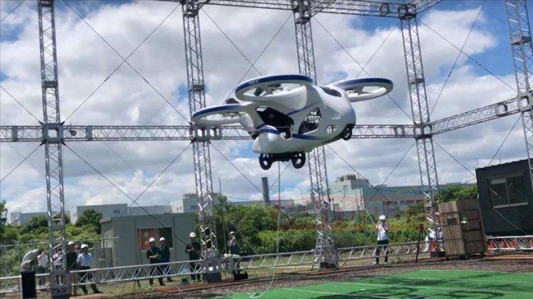 Japonya, uçan otomobilin deneme uçuşunu yaptı