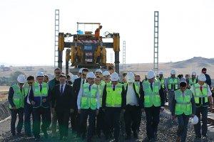 YHT ile 'Ankara-Sivas arası 2 saate düşecek'