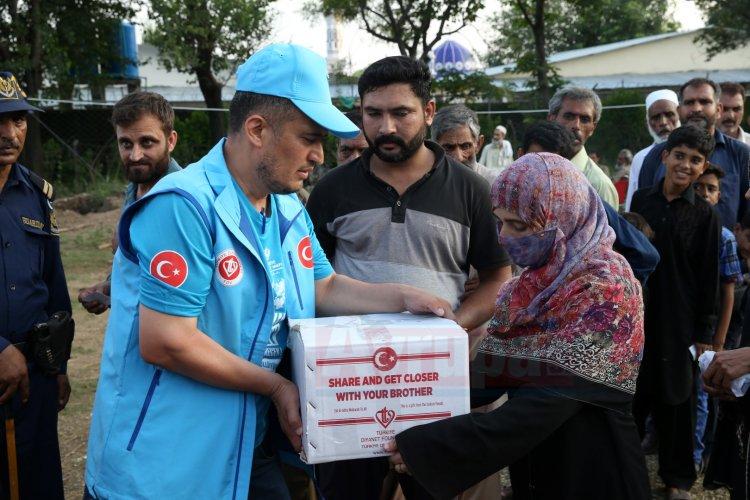 TDV'den Pakistan'da 25 bin aileye kurban yardımı