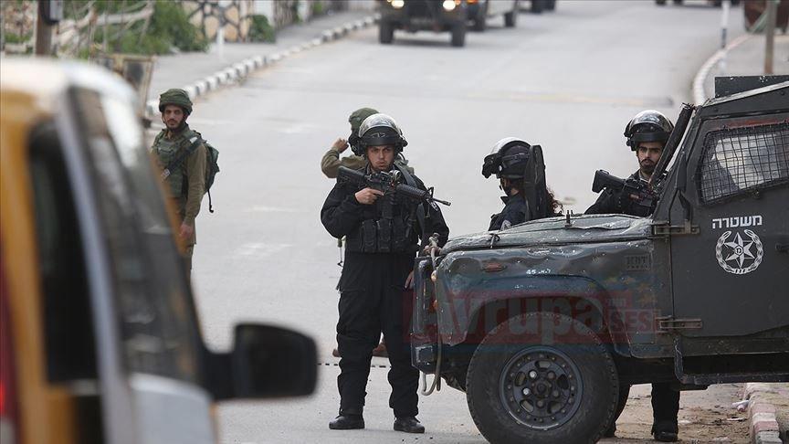 İsrail ordusu Gazze'li sivil halka ateş açtı