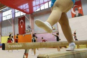 Cimnastikle down sendromlu çocuklar spora yönlendiriliyor