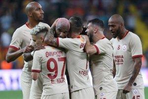 5 gollü ve 5 kırmızı kartlı Kayserispor-Galatasaray karşılaşması