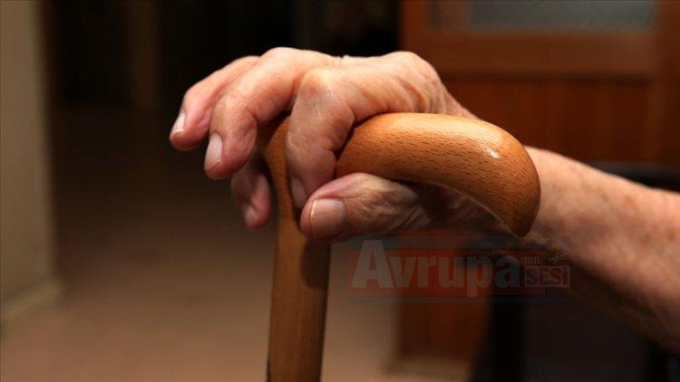65 yaş üstündeki bireylerin koruyucu sağlık hizmetleri hayati önem taşıyor