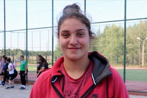 Büşra Işıldar gençler Avrupa boks şampiyonu