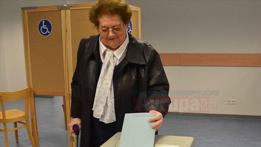 Avusturya'da seçmenler yarın oy kullanacak
