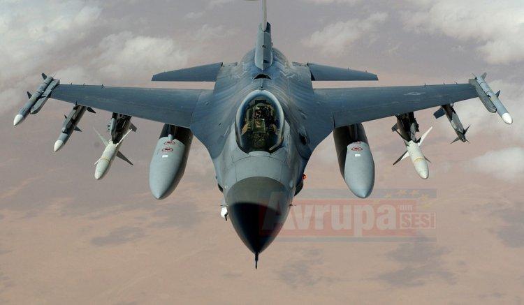 ABD'ye ait savaş uçağı Almanya'da düştü