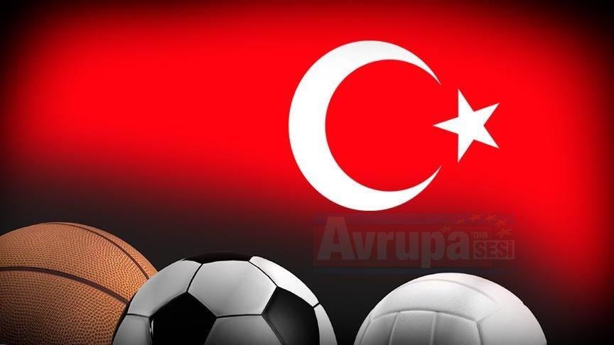 Spor camiasından 'Barış Pınarı Harekatı'na destek geldi