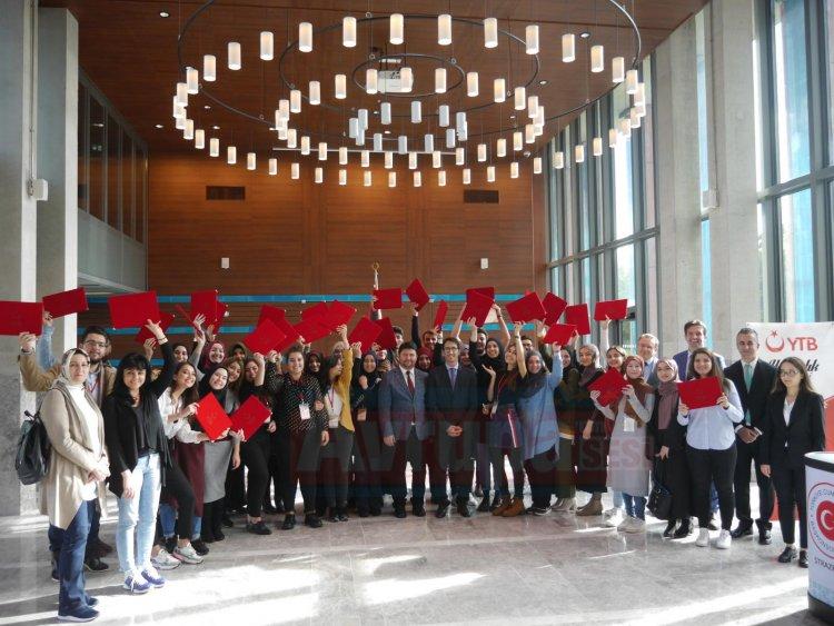 YTB'den Yurt Dışındaki Genç Kalemlere Yazarlık Akademisi
