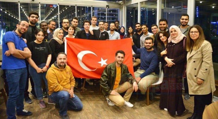 Uluslararası Öğrenciler 'den Milli Maç Heyecanı