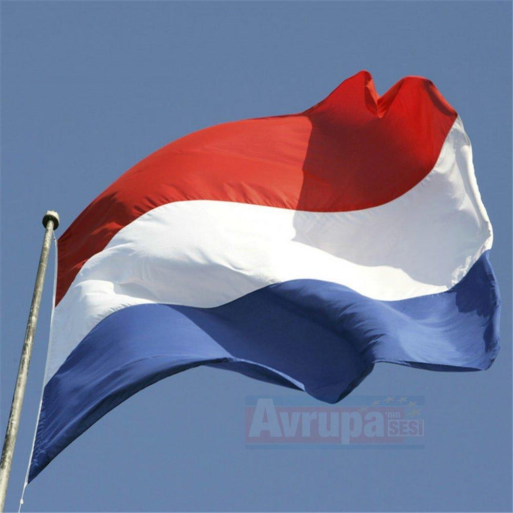 Hollanda, Irak'taki askerlerinin görev süresini  uzatıldığı bildirildi