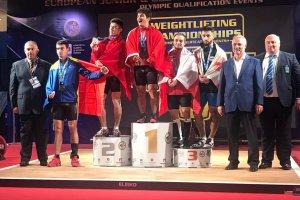 Milli halterciler iki Avrupa rekoru kırarak altın madalya kazandılar