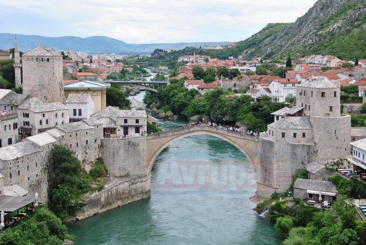 Bosna Hersek'te 4,8 büyüklüğünde deprem meydana geldi