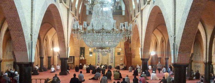 Amsterdam'daki Fatih Camisi gayrimüslim ziyaretçilerini ağırladı
