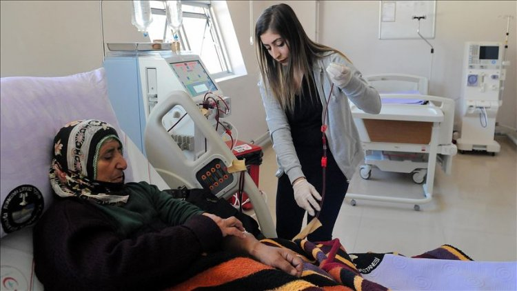 Juventuslu Emre Can, Bingöl'ün Kiğı ilçesine diyaliz makinesi bağışladı