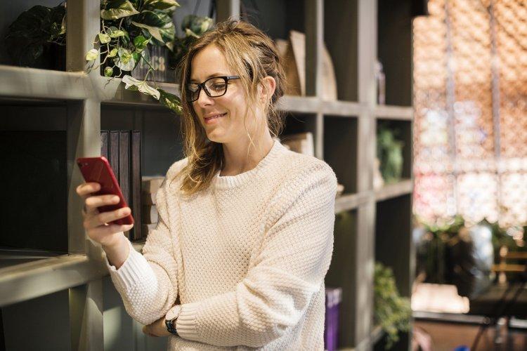 Nomofobi her 15 dakikada telefona baktırıyor