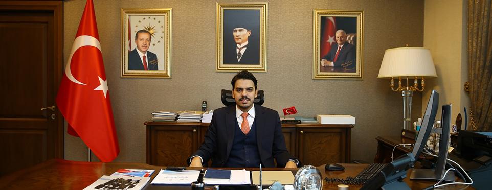 YTB Başkanı Abdullah Eren Özbekistan'daki temasları kapsamında Türkiye Bursları'nı tanıttı