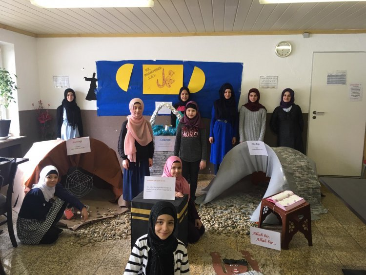 Hacı Bayram Camii'nde Siyer-i Nebi maketlerle sergilendi