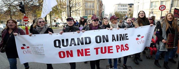 Brüksel'de kadına yönelik şiddet protesto edildi