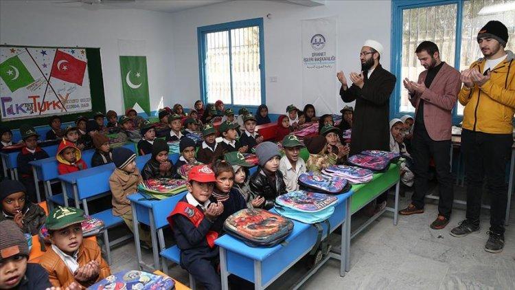 Pakistan'da Diyanet tarafından inşa edilen anaokulu açıldı