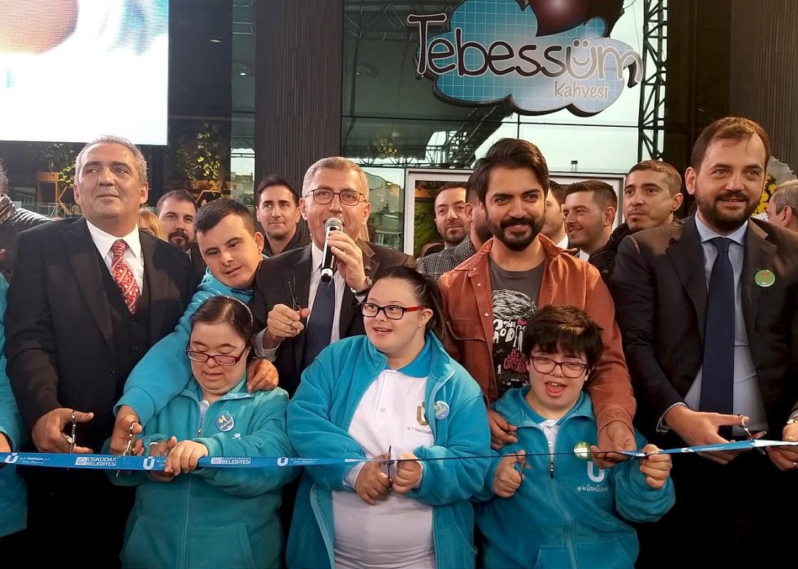 'Tebessüm Kahvesi'nin ikinci şubesi açıldı