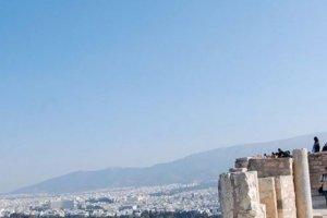 Yunanistan Büyükelçiyi sınır dışı ediyor