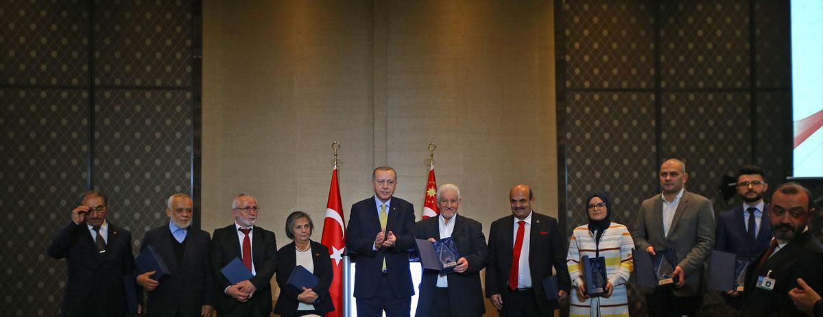 YTB'nin İsviçre'de düzenlediği Göç'ün 50. Yıldönümü'de Cumhurbaşkanı konuştu