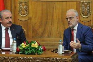 TBMM Başkanı Şentop, başkent Üsküp'te Caferi ile görüştü
