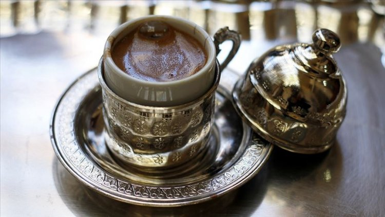 Günde içilen 4 fincan kahve kilo alımını önleyebilir
