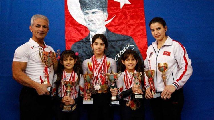 Milli takım antrenörü anne babanın şampiyon çocukları