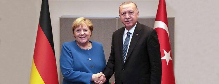 Başkan Erdoğan ile Başbakan Merkel ile Libya ve Suriye'yi görüştü