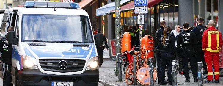 Berlin'de silahlı soygun