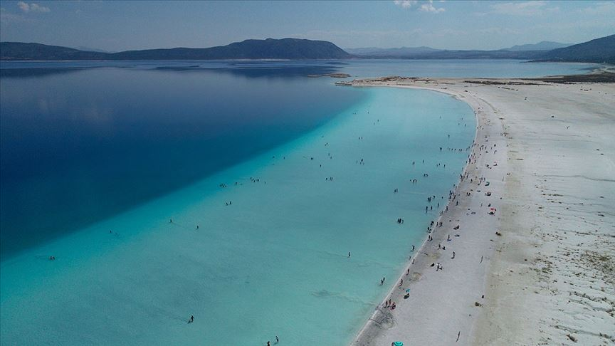 Salda Gölü'nü 1 milyon 400 bin kişi ziyaret etti