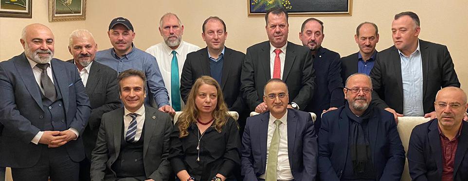 Başkonsolos Cebeci, Çalışan Gazeteciler Günü münasebetiyle resepsiyon verdi