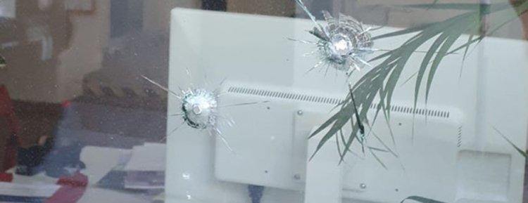 Almanya'da SPD'li siyahi milletvekilinin ofisine saldırı