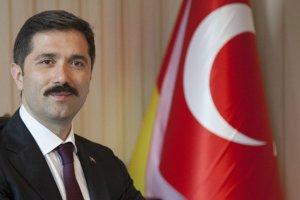 Avrupalı Türklerin Ankara'daki sesi Zafer Sırakaya