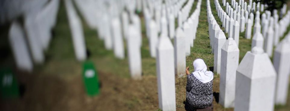 Srebrenitsalı anneler Hollanda mahkemesinin kararını AİHM'e taşıdı