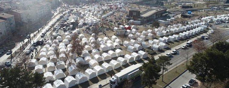Elazığ ve Malatya depreminin ardından yaraları sarılıyor