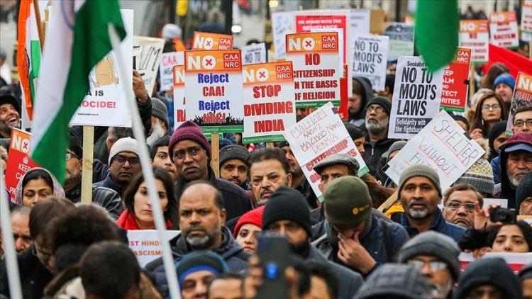 Hindistan'da ünlüler Vatandaşlık Yasası karşıtı gösterilere mektupla destek verdi