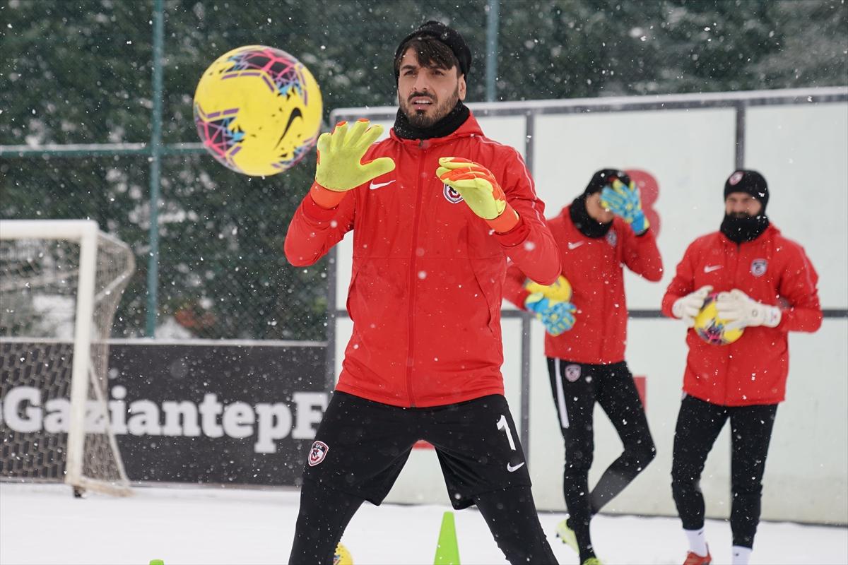 Gaziantep FK'de antrenmanında neşeli anlar yaşandı