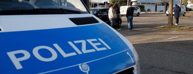 Alman polisi aşırı sağcıların evlerini aradı