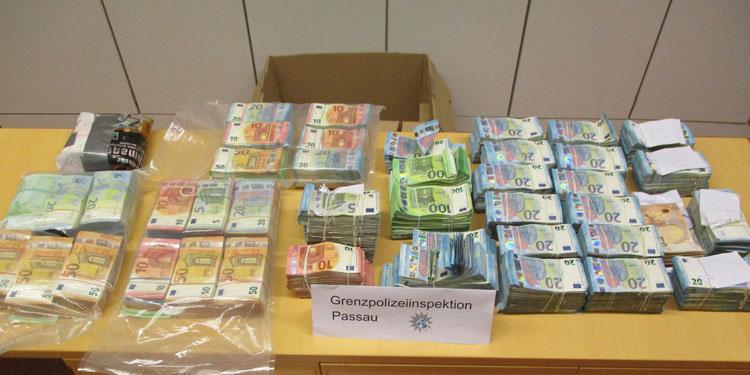Suriyeli 1,1 milyon euro ile yakalandı
