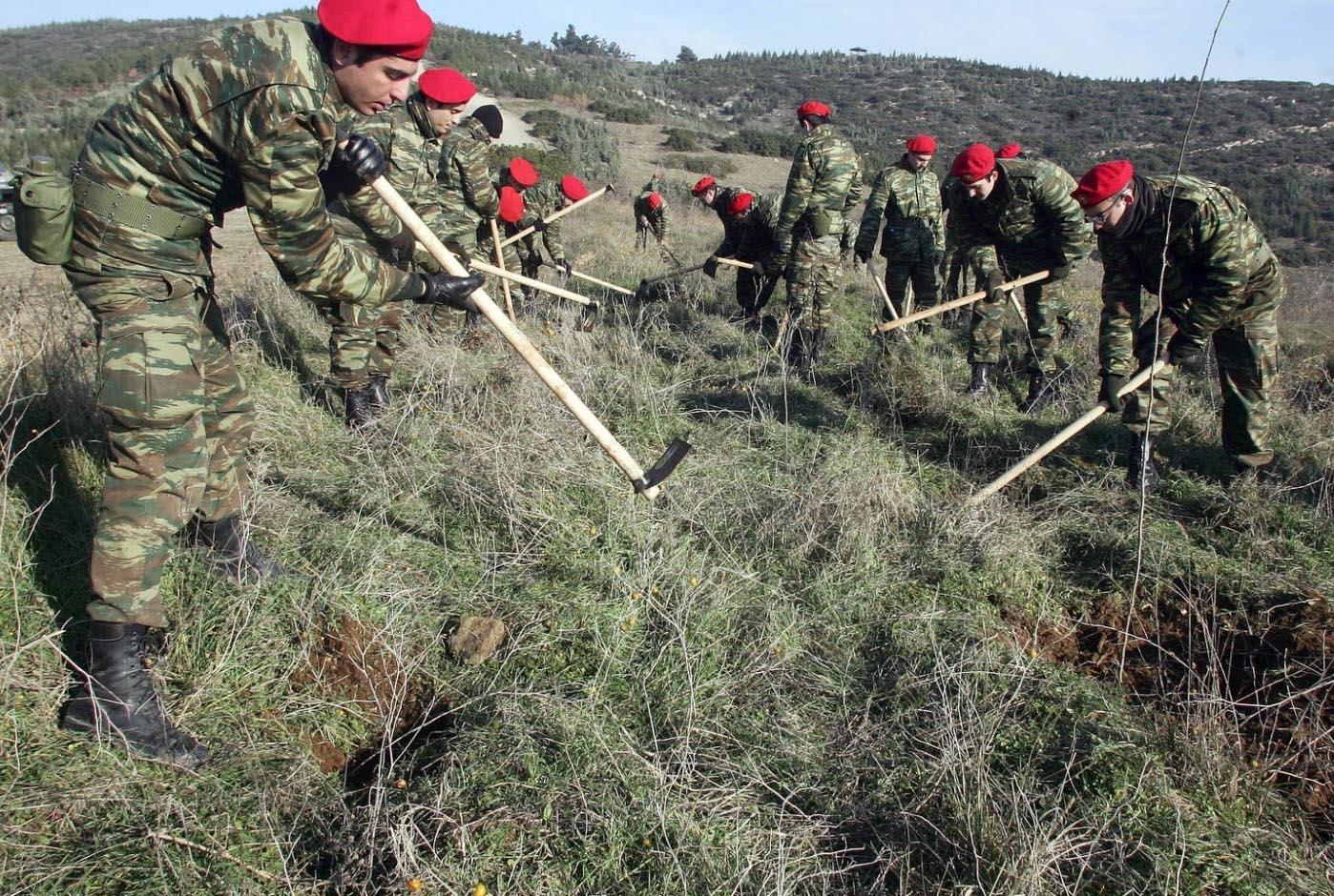 Yunanistan Meriç sınırlarını bordo bereli askerlerle güçlendiriyor