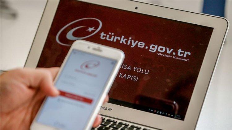 'Kovid-19 riskine karşı 5 bini aşkın hizmet e-Devlet'ten alınabilir'
