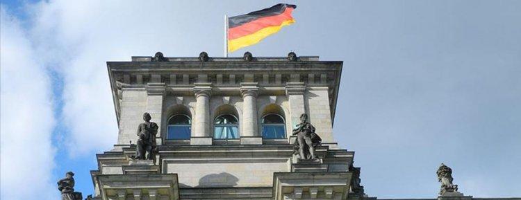 Koronavirüs Alman ekonomisini zayıflatıyor